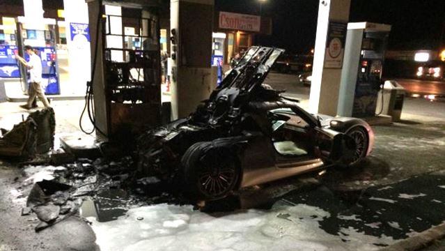 Porsche Spyder David Perry Twitter A Porsche 918 Spyder went up in flames Sunday night at a gas station in Caledon.