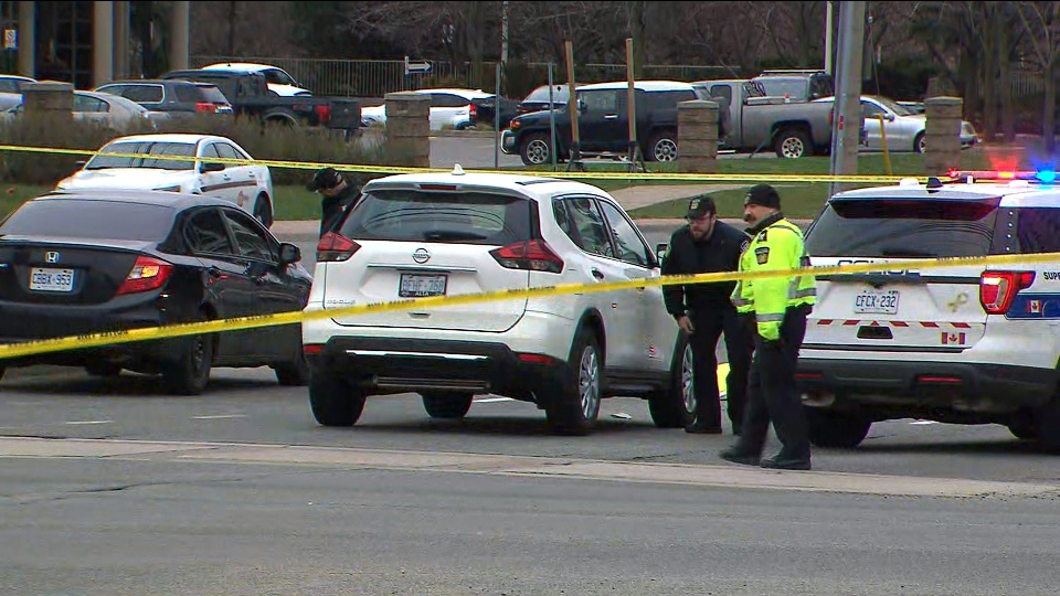 Man dies after being struck by vehicle in Mississauga
